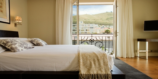 Cape Royale Luxury Hotel and Residence